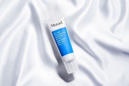 Krem matujący Oil and Pore Control Mattifier SPF45